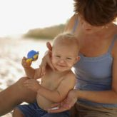 How To Sunbathe Baby Safely?